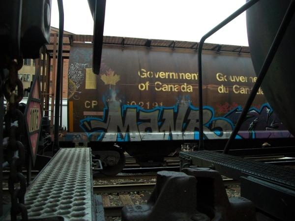 manr graffiti freight train
